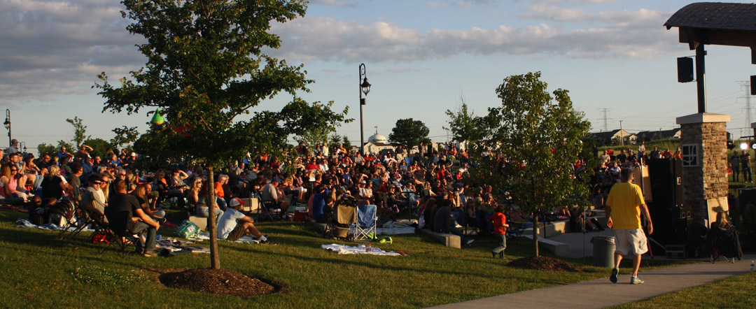 Festival Crowd | Village of Shorewood Parks and Recreation